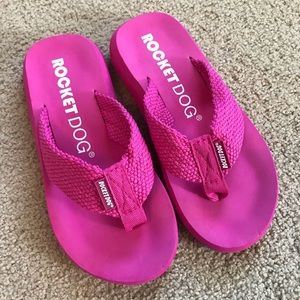 Rocket Dog Hot Pink Wedge Flip Flops Size 5